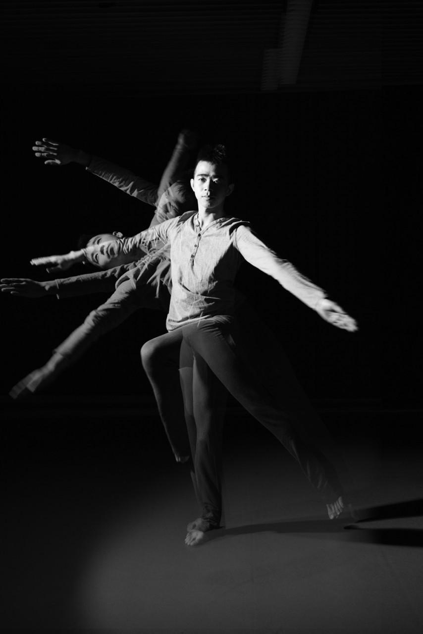 Contemporary Dance - CIRCLE II